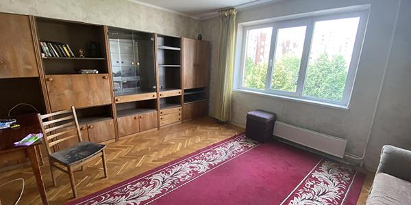 Продаж 3-кімн. квартири, просп. Черв. Калини